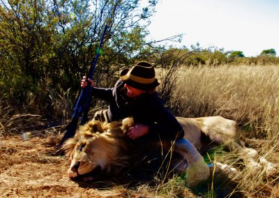 African lion hunts prices