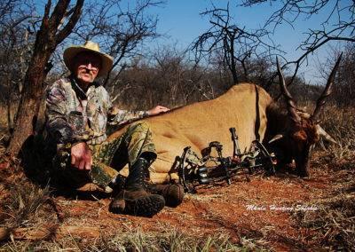 Spiral horn bow hunting grand slam eland